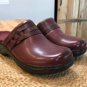 Clarks Lexi Burgundy Leather Mules-Clogs 7M-NWT